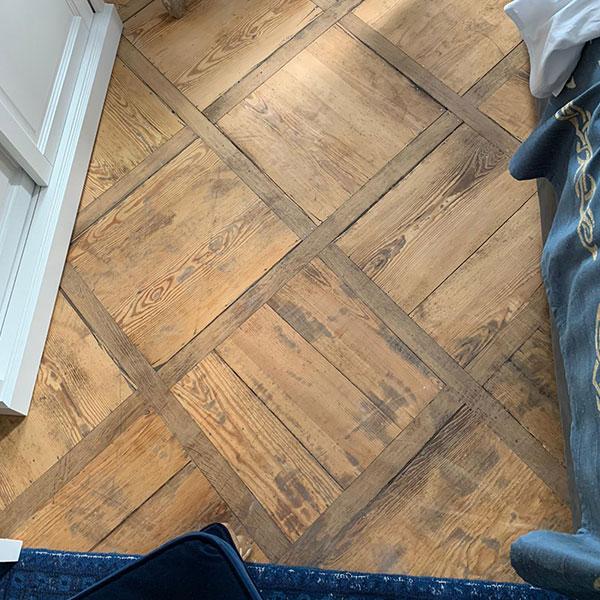 Holzboden verlegen lassen
